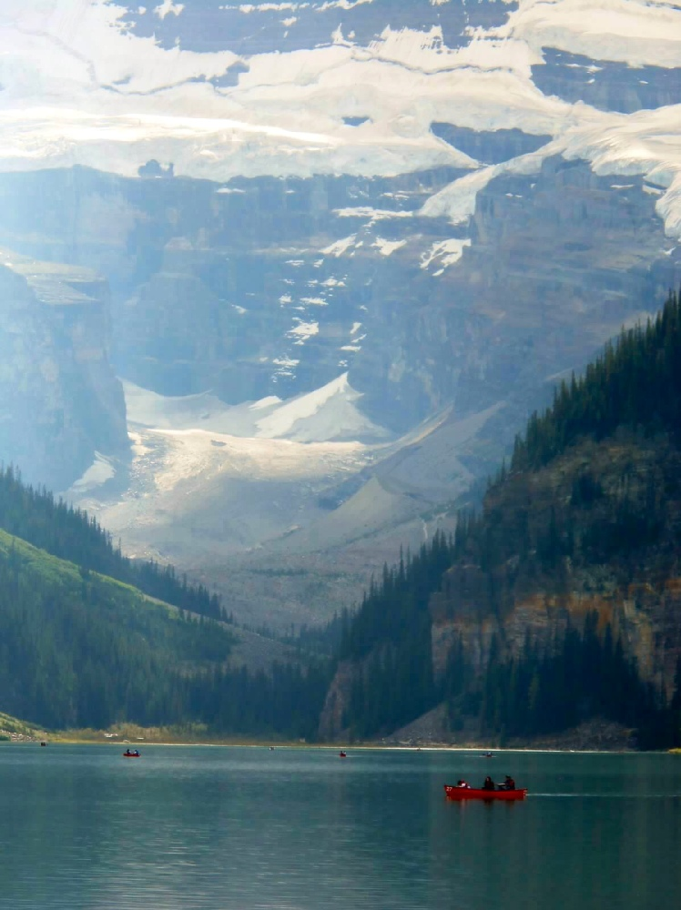 Travels in Canada - Moraine Lake - part four (3/6)