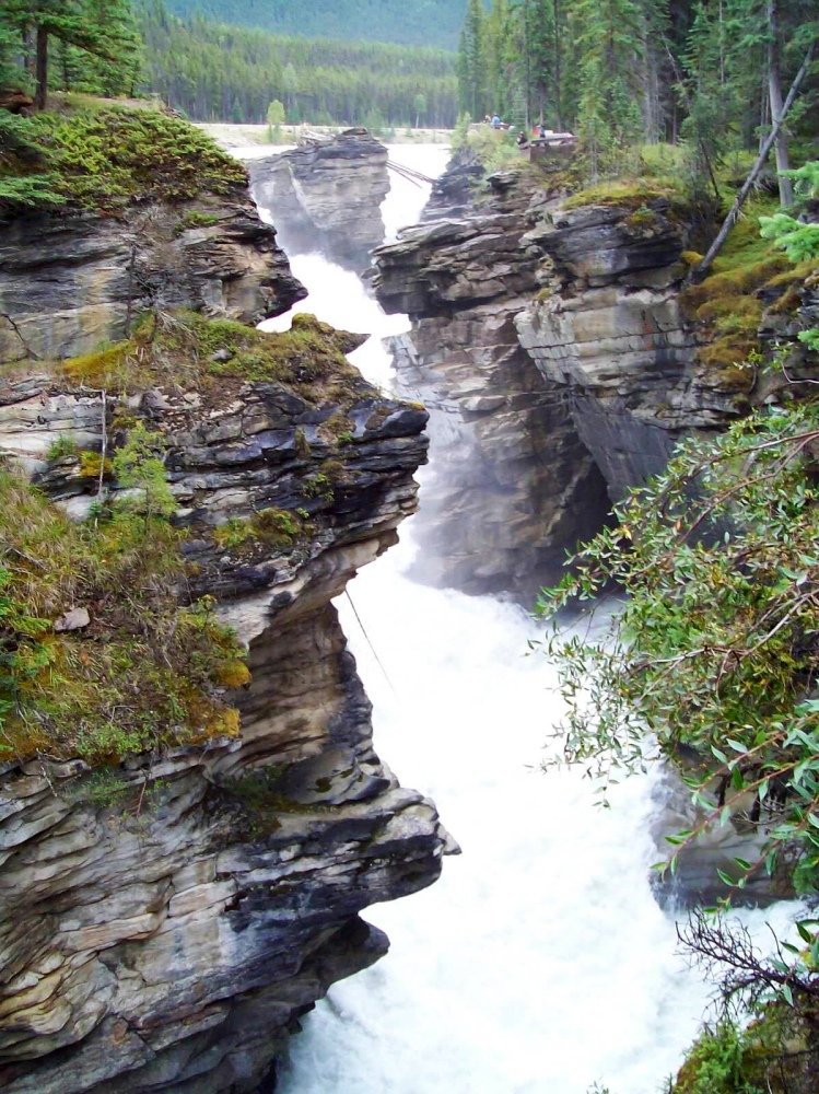 Travels in Canada - part ten - Athabasca Falls (1/4)