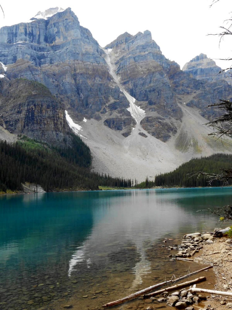 Travels in Canada - Moraine Lake - part four (2/6)